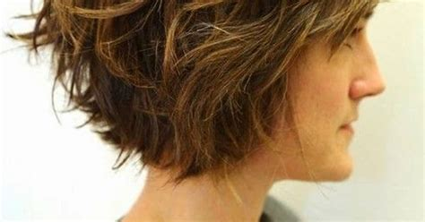 jagged layered bobs with curl layered wavy bob jagged cut layers throughout the style
