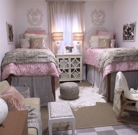 dorm room decor 7852 best dorm room trends images on pinterest
