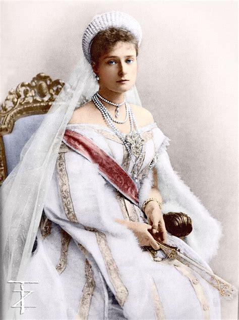 romanovs imperial family  russia images  pinterest history alexandra feodorovna
