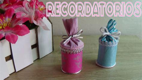 como hacer recuerdos faciles para exposiciones recuerdos para baby shower con material reciclado candy