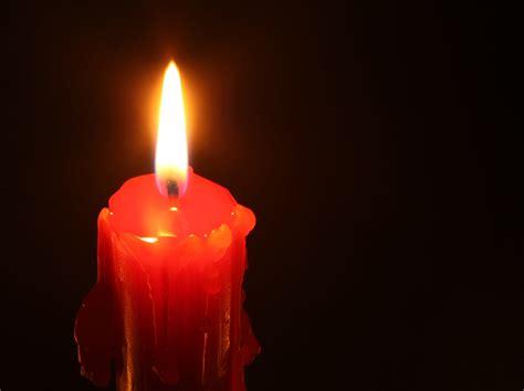 Imagenes De Velas Rojas Encendidas | velas encendidas imagui