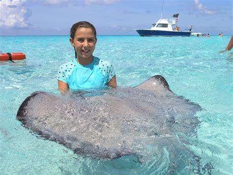 cayman island cruise shore excursion deluxe stingray city sandbar for families