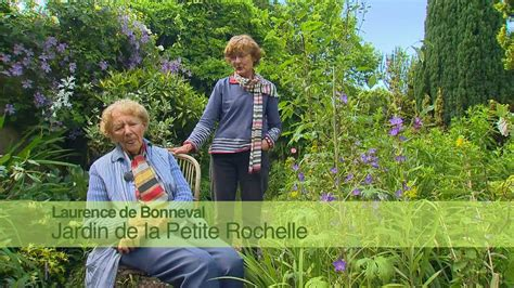 la petite rapporteuse de jardin de normandie jardin de la petite rochelle youtube
