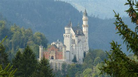 beautiful castles 5 most beautiful castles in europe where to travel today