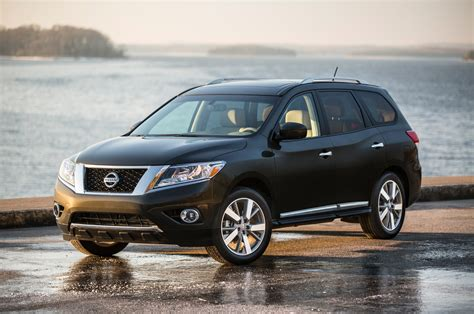 black nissan pathfinder 2016 2016 nissan pathfinder reviews and rating motor trend