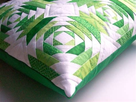 Pineapple Patchwork Pattern - pineapple block cushion log cabin