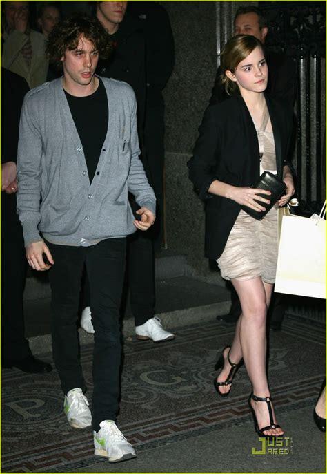 Jay Vanity Full Sized Photo Of Emma Watson Johnny Borrell 12 Photo