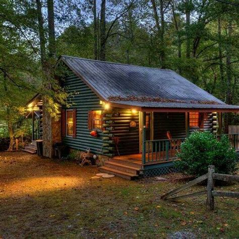 cabin porch mountain vagabond big fan of the large porches on this