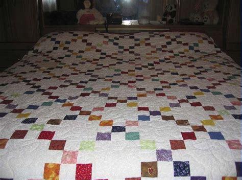 quilt pattern finder irish chain quilt pattern google search patchwork