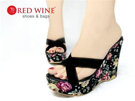 Sepatu Sandal Wedges Wanita Kulit Asli pin by sepatu wanita on sepatu sandal heel flat wedges
