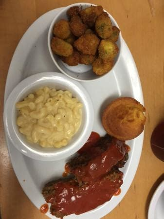 southern comfort restaurant meatloaf fried okra mac cheese with cornbread