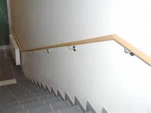 handlauf treppe holz individuelle handl 228 ufe aus holz edelstahl stahl