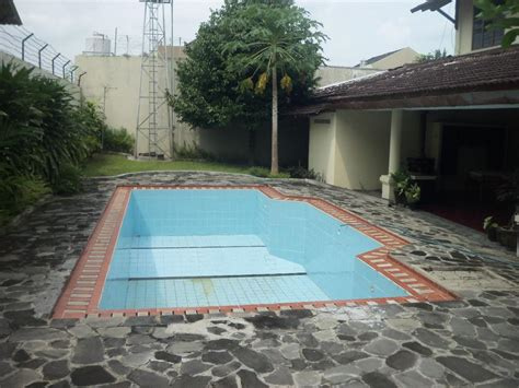 Sewa Proyektor Jogja rumah disewakan sewa rumah plus kolam renang in jogja city