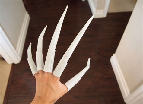 How To Make A Finger Out Of Paper - how to make nightmare claws tutorial or starscream claws