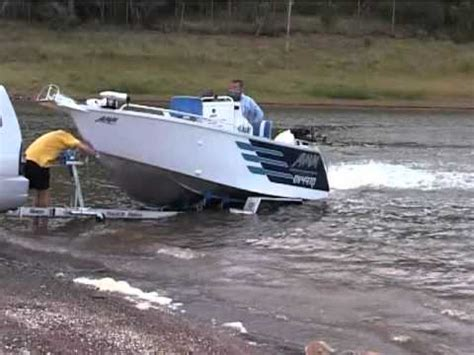 how to launch and retrieve a boat how to trailer launch and retrieve a boat iboats