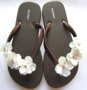 the trista brown flip flop sandal with ivory by luxesandalart by poteidia girly things