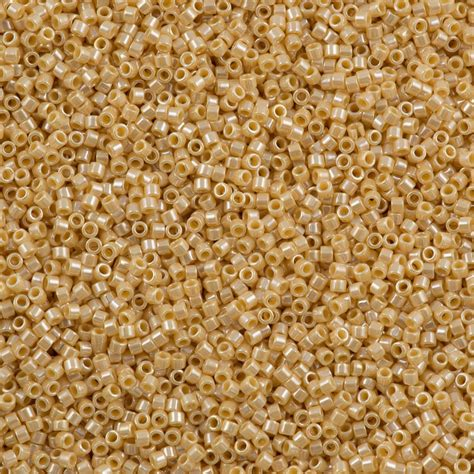 delica seed miyuki delica seed bead 11 0 opaque light butter luster 5g