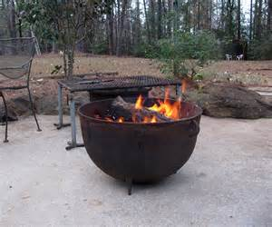 Above using a cast iron wash pot as a fire pit seems like a great