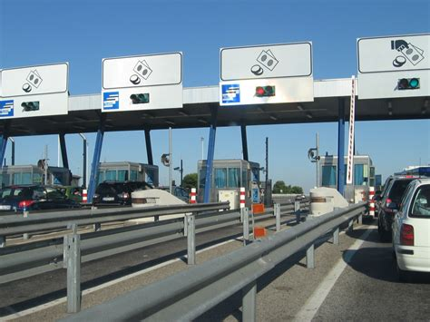 sede autostrade per l italia autostrade per l italia cerca personale 50 nuovi posti di