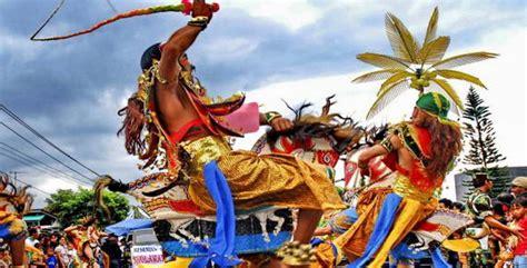 Sho Kuda Di Malang 750 penari ramaikan festival kuda lumping di malang