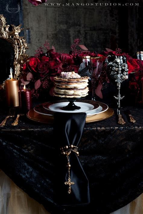 17 Best images about Halloween   Tablescapes on Pinterest