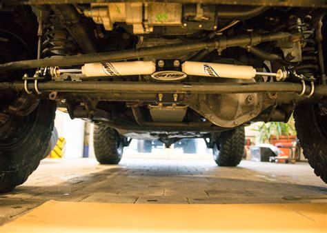 jeep tj steering der pilotage amortisseur de direction amortisseur