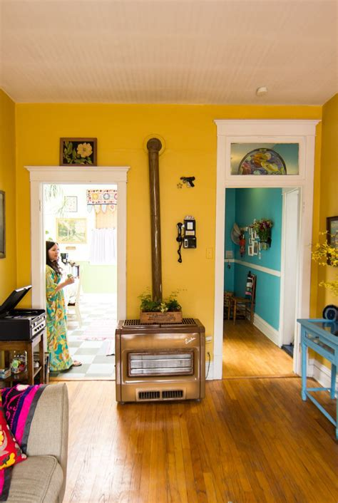 house tour a chicago home bursting with bold colors in