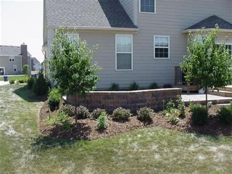 Landscaping Around Patio by Landscaping Around Patio Seating Wall Outdoor Home