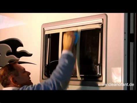 Youtube Acrylglas Polieren by Hand Politur Der Fenster Bei Wohnwagen Und Wohnmobil Youtube