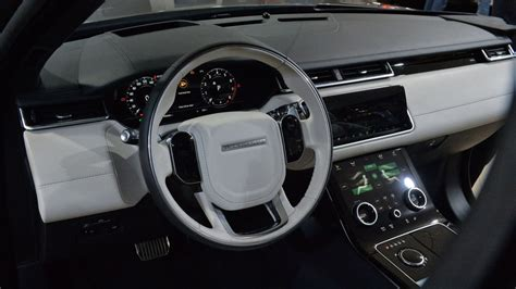 Land Rover Evoque Interior Land Rover Range Rover Velar Is Evoque S Stylish Bigger