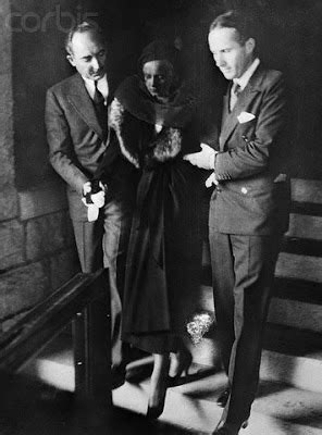 Spine Tingling Tuesdays : Jean Harlow | Ruby's Musings