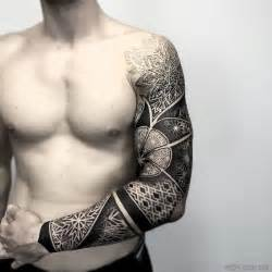 17 best ideas about geometric tattoos men on pinterest