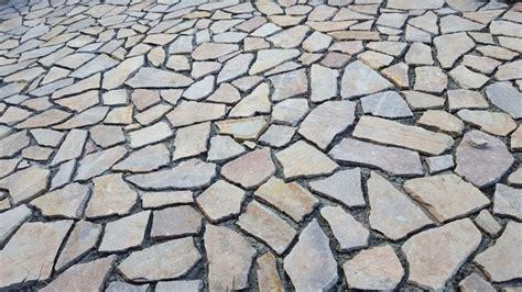 costo posa pavimento al mq fornitura e posa pavimento in porfido 49 00 al mq colorato