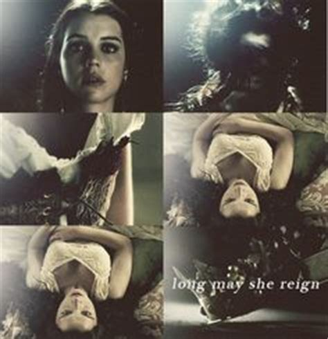 libro long may she reign long may she reign on reign adelaide kane and queen mary