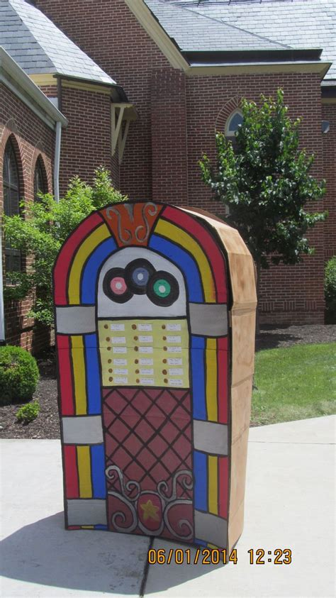 costumes diy crafts ideas signs made this 3 d cardboard jukebox for a church dinner project fabulous fifties