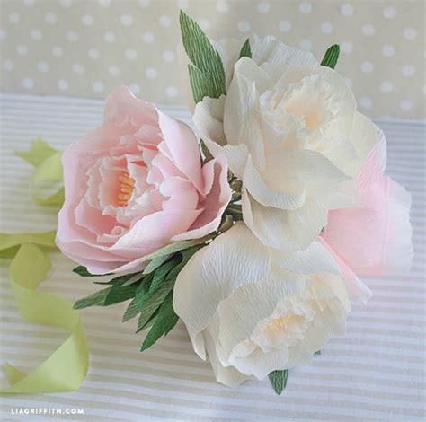 diy flower arrangement peonies 3 ways diy crepe paper peonies