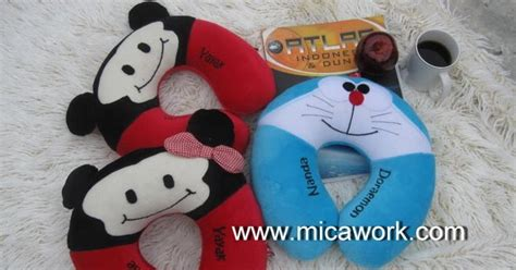 Bantal Leher Polos bantal leher mickey minnie doraemon