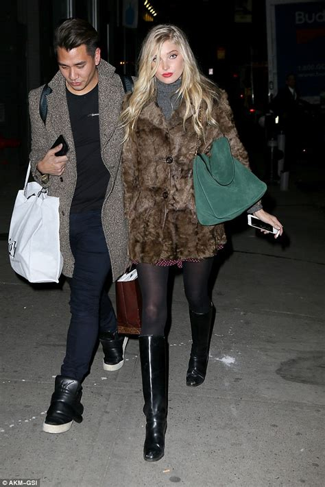 Jaket Parka Ori Aiisha candice swanepoel hides beanie after celebrating