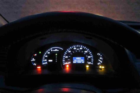 2011 toyota camry dash warning lights 2018 toyota camry dashboard lights toyotaid wallpaper