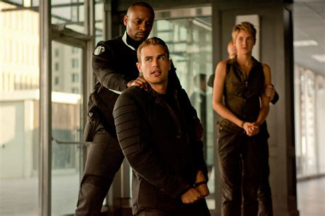 review film insurgent adalah 3rd strike com the divergent series insurgent blu ray