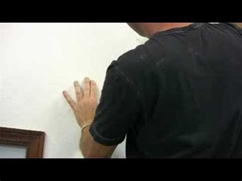 learn to repair ceiling and wall cracks with stress