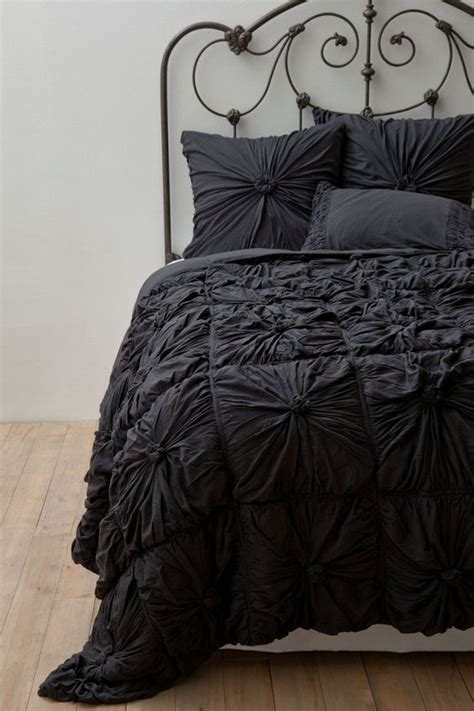 anthropologie comforter set rosette quilt cases charcoal and chang e 3