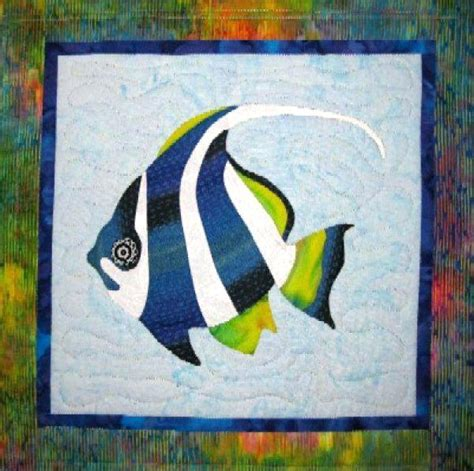 Patchwork Fish Pattern - fish bowl quilt block pattern free paper pieced fish quilt