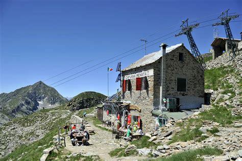 monte camino oropa rifugio capanna alpi biellesi valle oropa