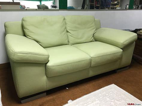 divani pelle offerte divano in offerta 2 posti moderno in vera pelle verde