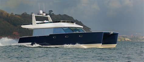 dazcat power catamaran power boat  sale wwwyachtworldcom