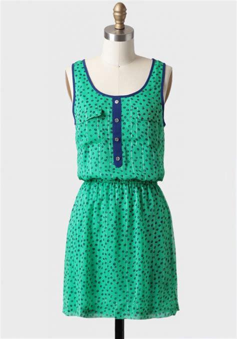 Hilarys Gorgeous Kenneth Bangle Set At Mtv Trl by Polka Dot Pop Of Color Dress 7 Back To School Dresses