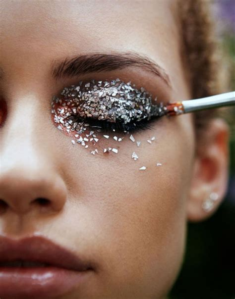 Make Up Just Miss how to wear glitter make up for season missguided