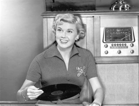 theme song doris day show 285 best images about doris day on pinterest days in