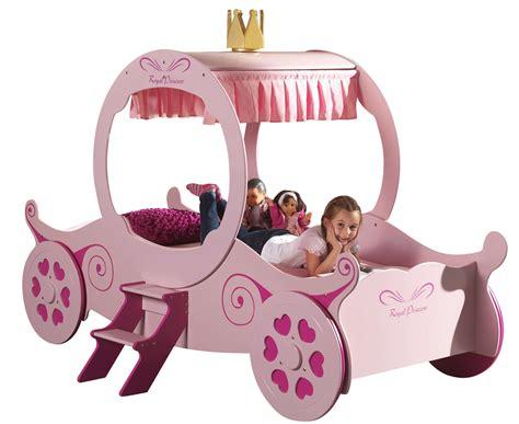 lit enfant carrosse lit enfant carrosse cendrillon lestendances fr
